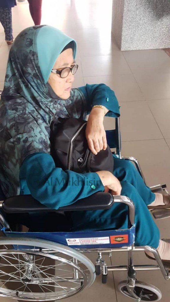 Yang sakit lutut je tekad mahu belajar al Quran hingga akhir hayat
